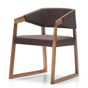 sedie228.jpg
